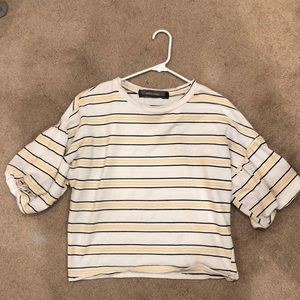 Striped t shirt with balloon sleeves